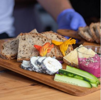 Planchette végétarienne, concombre et fromage