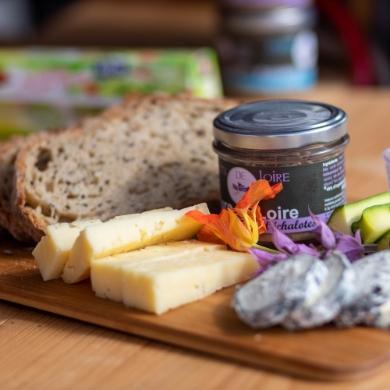 Planchette végétarienne, fromage et pain